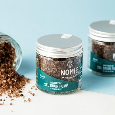 nomie-epices-pot-sel-brun-fume-400x400